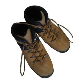 Timberland-Lace up-Caramel