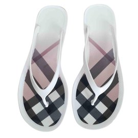Burberry-Mules-White