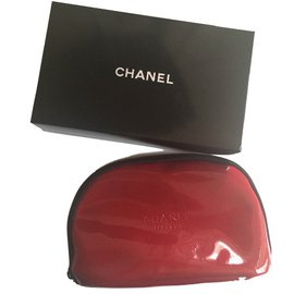 Chanel-Trousse make up-Rouge