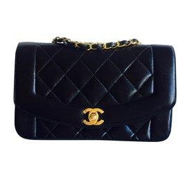 Chanel-Beau sac CHANEL Timeless Vintage (Diana)-Noir