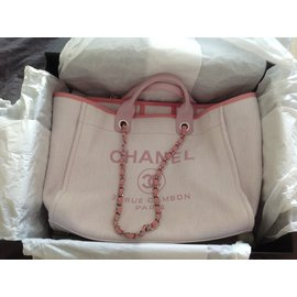 Chanel-Deauville-Pink