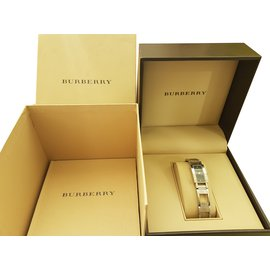 Burberry-Fine watch-Black
