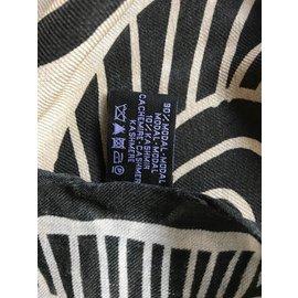 Chanel-Etole Chanel-Noir