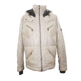 Chanel-Manteaux-Blanc