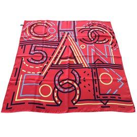 Chanel-foulard en soie-Rouge