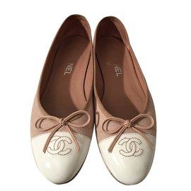 Chanel-Ballerines-Blanc,Beige