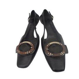 5624a6cca78 Second hand Women Sandals - Joli Closet