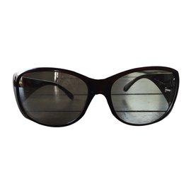 8d449b79f66 cheap prada sunglasses round table menu b5150 f2cfc