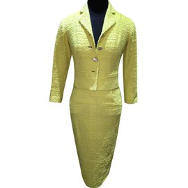 Chanel-CHANEL TWEED LESAGE JACKET & SKIRT SUIT size 36-Yellow