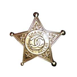 Chanel-Dallas paris sheriff star-Golden