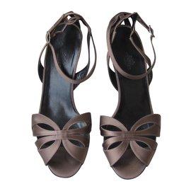 Hermès-Sandals-Taupe