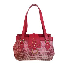 Fendi-Cabas-Rouge