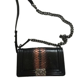 Chanel-Boy medium-Noir