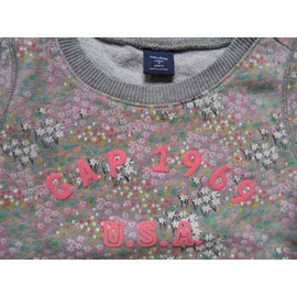 Gap-Sweater-Liberty print