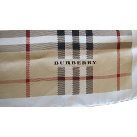 Burberry-Echarpe-Autre