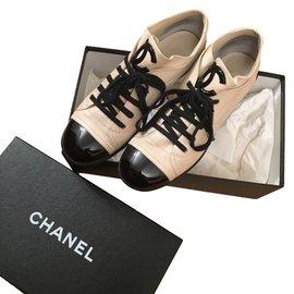 Chanel-Baskets-Beige