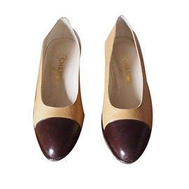 Chanel-Escarpins bicolores-Beige