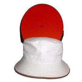Hermès-Chapeau-Blanc