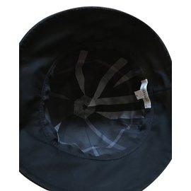Burberry-Hat-Black
