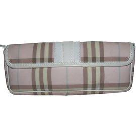 Burberry-Clutch bag-Pink