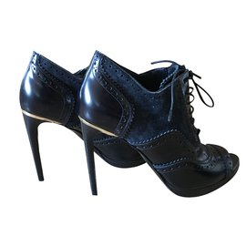 Burberry-Ankle Boots-Black,Navy blue