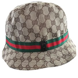 4ee04bd6b334 Second hand Hats Beanies - Joli Closet
