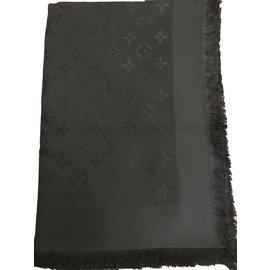 Louis Vuitton-CHALE MONOGRAM LOUIS VUITTON-Noir ... e3d25e7fd5b