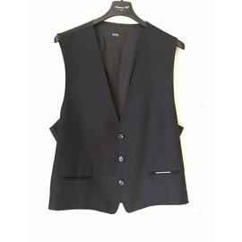 Second hand Luxury and Designer - Joli Closet 1d33ebc991