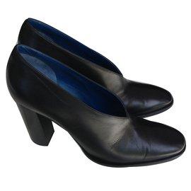Céline-Magnifiques escarpins Céline-Noir