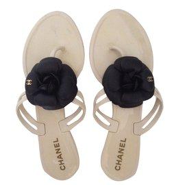 Chanel-Sandales-Blanc cassé