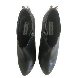 Steve Madden-Ankle Boots-Black