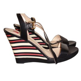 933997f3da6f8 Chaussures luxe Ballin occasion - Joli Closet