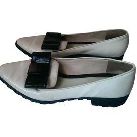 Kenzo-Flats-Black,White