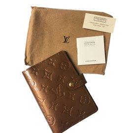 Louis Vuitton-Porte agenda-bronze