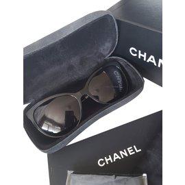 Chanel-Lunettes de soleil Chanel-Noir