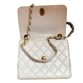 Chanel-Handbag-White