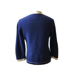 Chanel-Gilet-Bleu