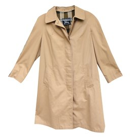 Burberry-Trench coats-Caramel