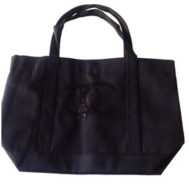 Chanel-Sac à mais-Noir