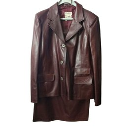 Hermès-Superbe Tailleur Hermès en cuir bordeaux !-Bordeaux