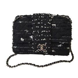 Chanel-Classic tweed-Noir