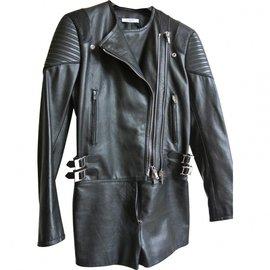 Givenchy-Combinaisons-Noir