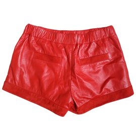 Louis Vuitton-Shorts-Rouge