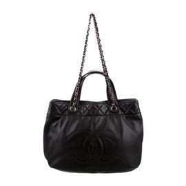 Chanel-Soft CC tote-Noir