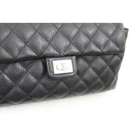 Chanel-Uniform-Noir