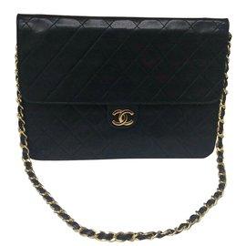 Chanel-Superbe Sac Chanel vintage 2.55 en cuir d'agneau noir!-Noir