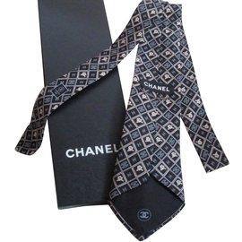 Chanel-Cravates-Multicolore
