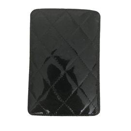Chanel-étui  téléphone CHANEL-Noir