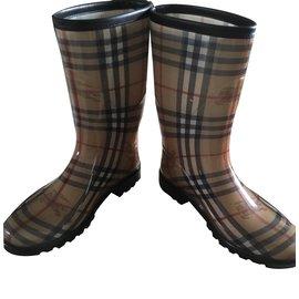 Burberry-rain Boots-Beige