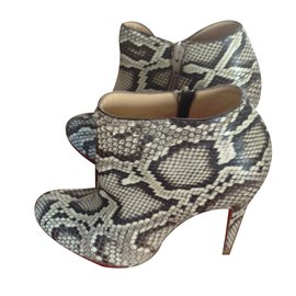fb5bdee2bdc Ankle Boots